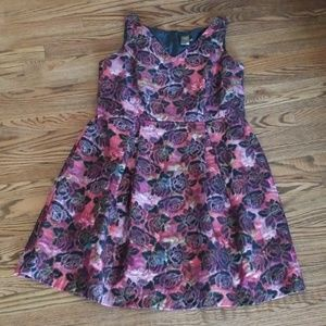 Taylor Floral Pleated Dress Size 14W